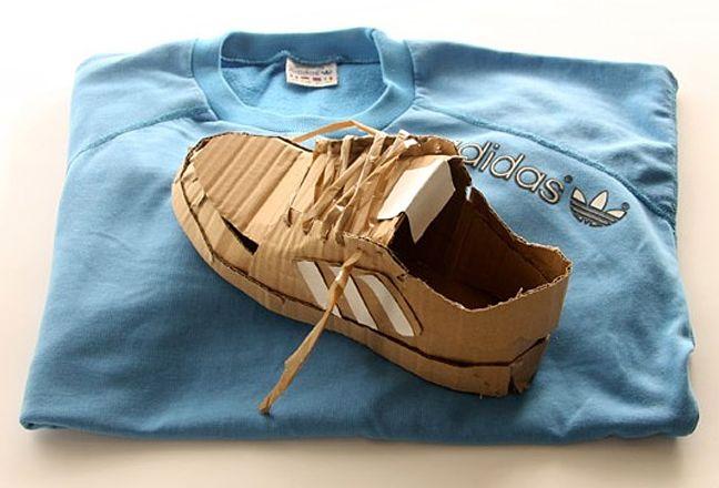 les chaussures en carton de mark o brien dr les de shoes. Black Bedroom Furniture Sets. Home Design Ideas