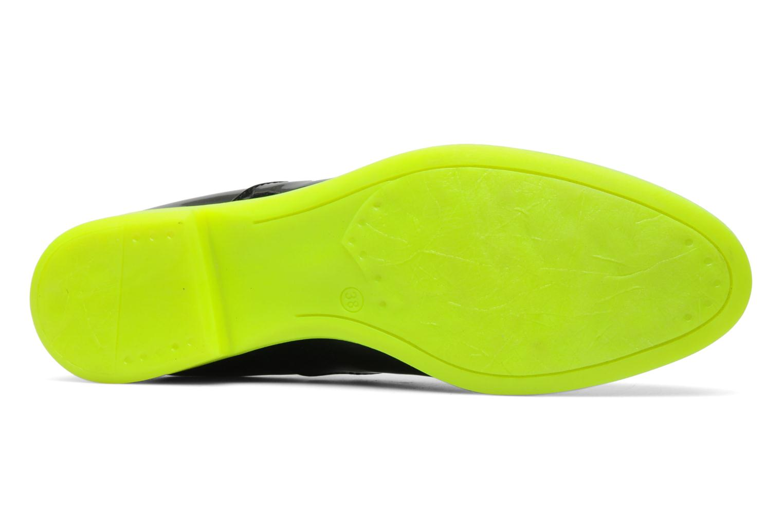 chaussures avec une semelle de couleur dr les de shoes. Black Bedroom Furniture Sets. Home Design Ideas